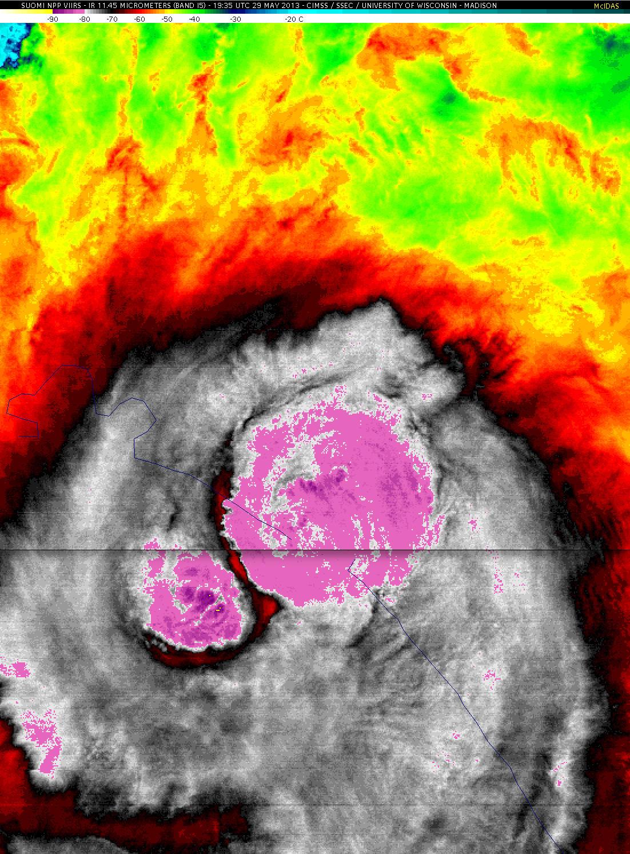 Suomi NPP VIIRS 11.45 µm IR image