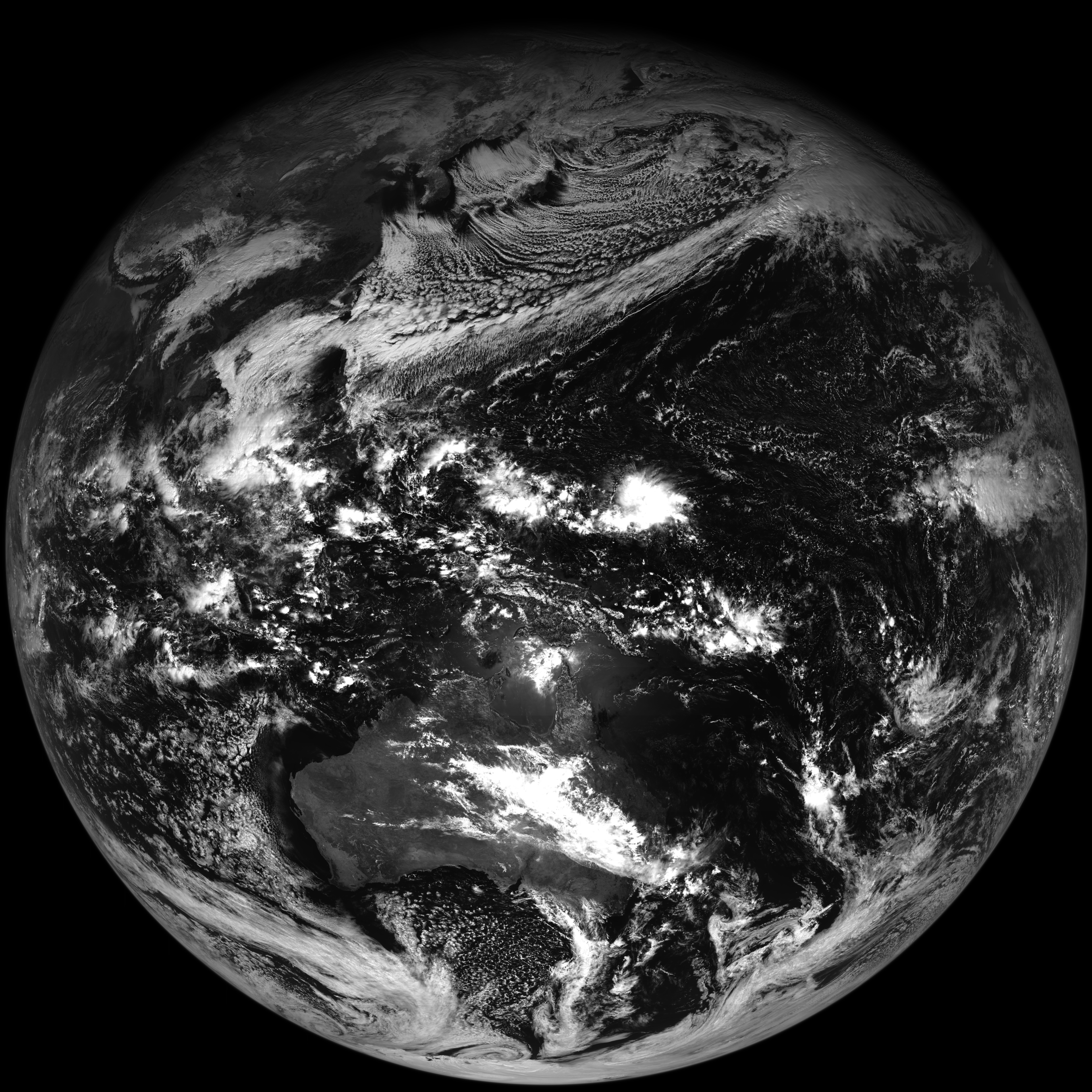 Himawari-8 0.64 µm visible channel image (click to enlage)