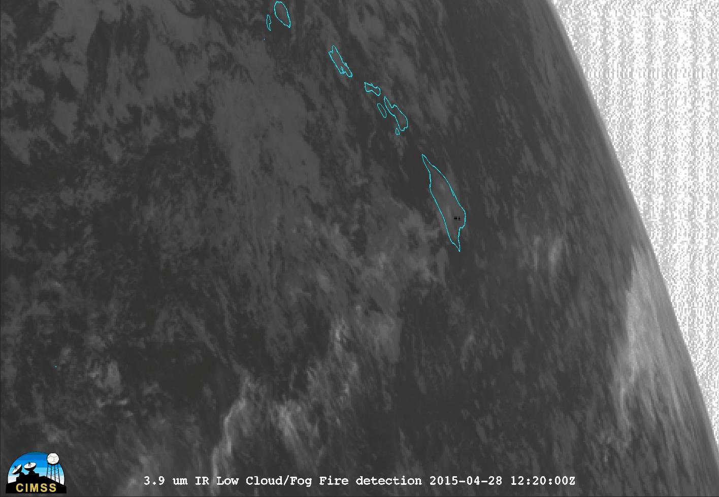 Himawari-8 3.9 µm shortwave IR images (click to play animation)