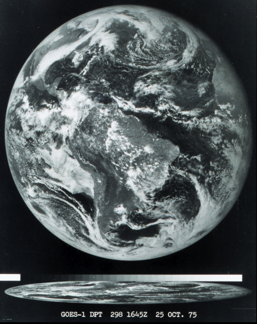 GOES-1 Visible image at 1645 UTC on 25 October 1975 [click to enlarge]